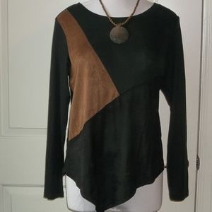 Ladies pull over shapely top stretch blend EUC